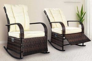 Read more about the article Black and White Rattan Chairs (8 Gorgeous Examples)