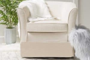 Read more about the article 11 Oversized Round Swivel Chairs That Will Look Great in Your Living Room