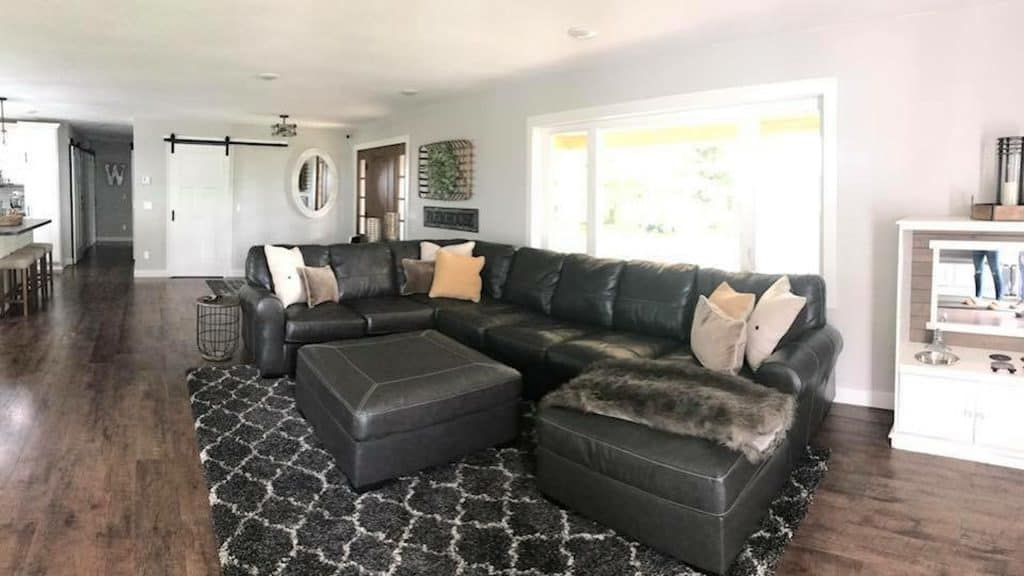 Throw Pillows for Black Leather Couch
