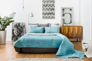 How to Create a Peaceful Bedroom Using Simple Home Decor Tricks