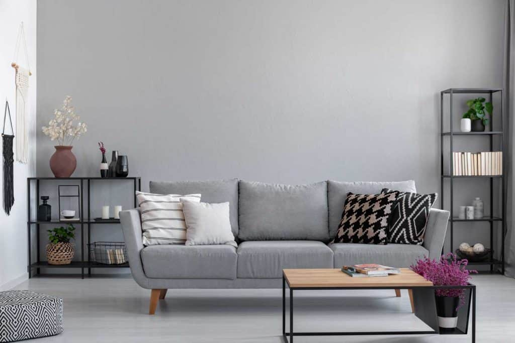 Image of: How To Decorate A Gray Couch Throw Pillows And More Home Decor Bliss