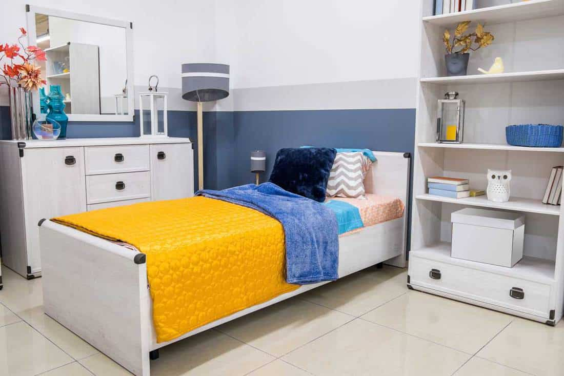 White Bedroom Furniture For Small Rooms