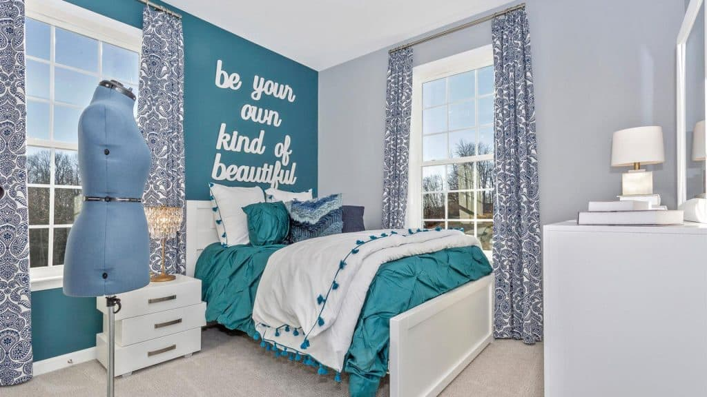 Teal and Gray Bedroom | Article by HomeDecorBliss.com