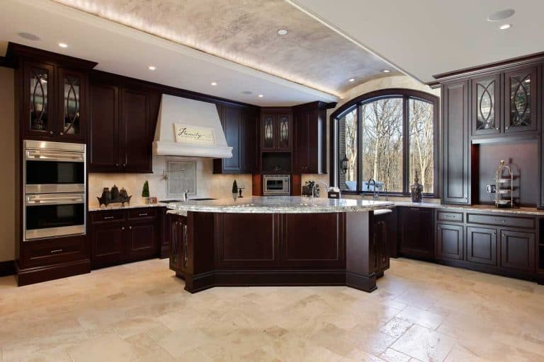24 Gorgeous Kitchen Cabinet and Wood Floor Color Combinations
