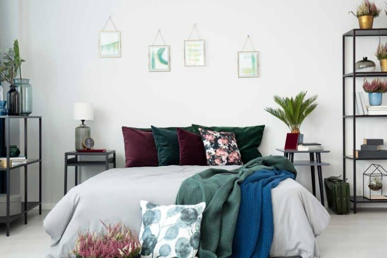 80 Guest Bedroom Design Ideas You're Going to Love