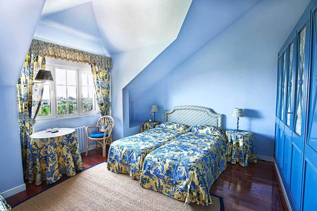 Attic blue-themed bedroom