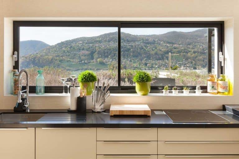 31 Kitchen Window Decorating Ideas