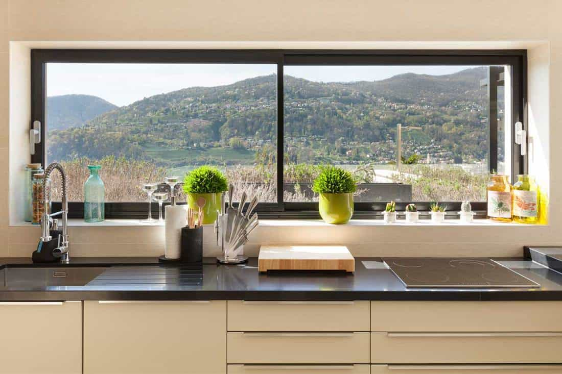 30 Kitchen Window Decorating Ideas That Will Inspire You - Home
