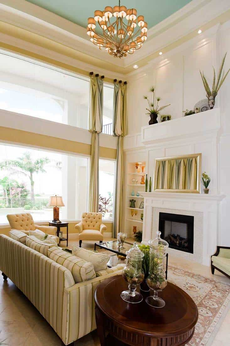 Fancy living room with beautiful curtain and fireplace