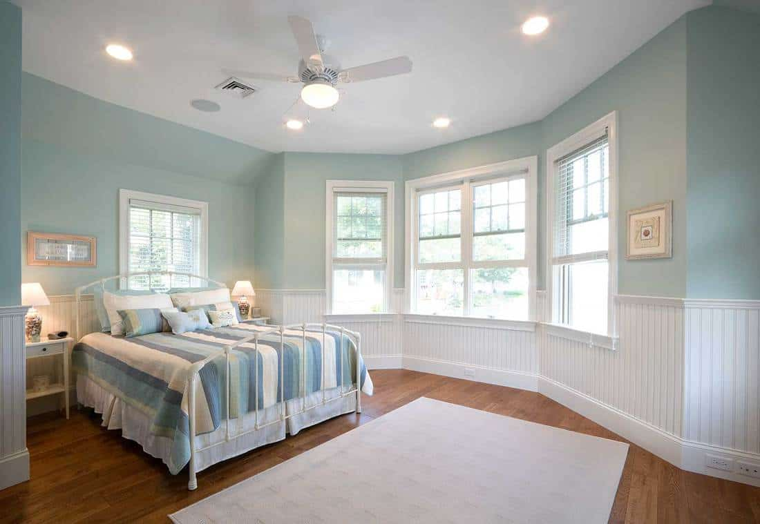 Modern house bedroom