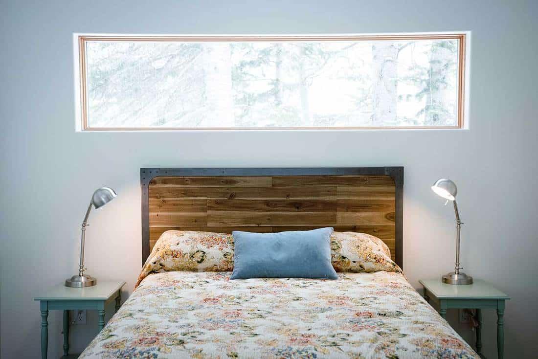 Rustic contemporary home bedroom