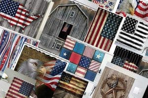 Read more about the article 15 American Flag Shower Curtains for Patriotic Bathroom Chic