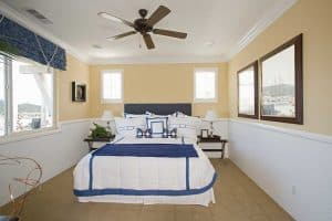 Read more about the article 15+ Nautical Bedding Sets for Our Ship-Themed Bedroom