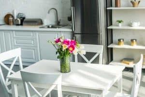 How to Decorate A Kitchen Table [7 Crucial Tips]