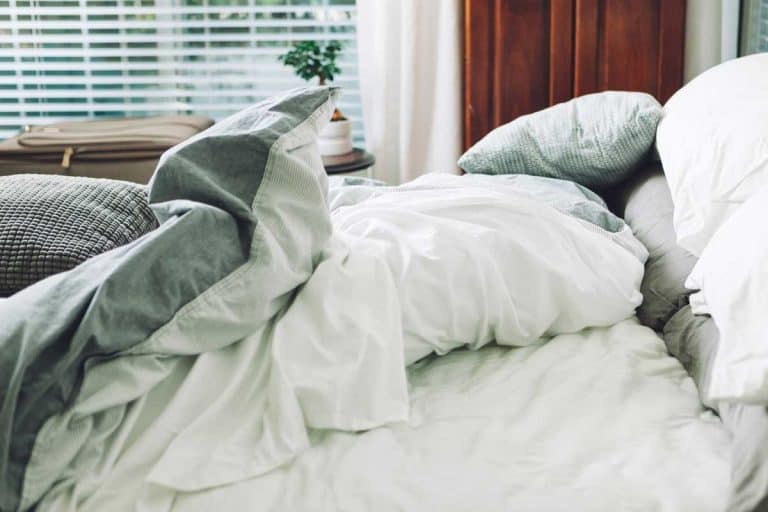 Do comforters and duvets need covers?