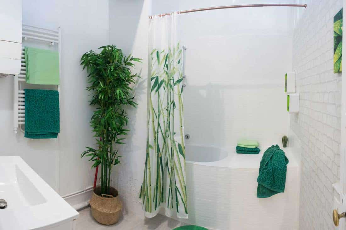 15 Green Leaf Shower Curtains That Will Revamp Your Bathroom
