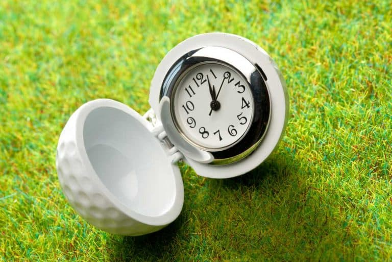 12 Awesome Golf-Themed Decor Items For Your Office