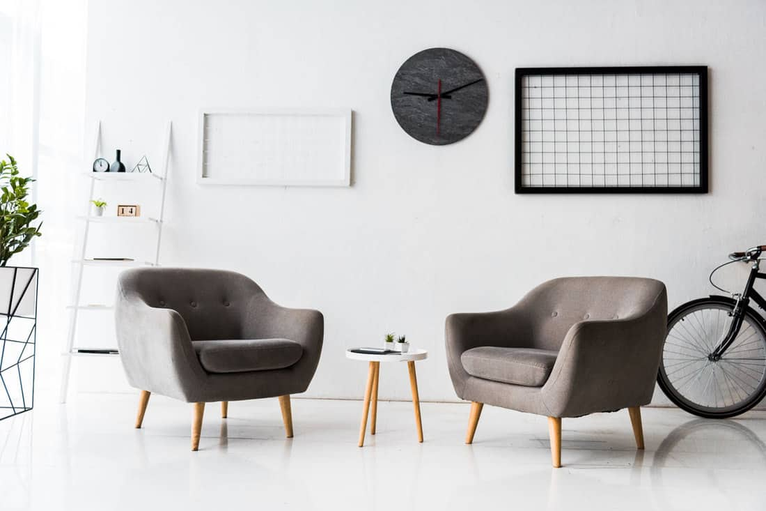 How Many Accent Chairs Should You Have In A Living Room Home