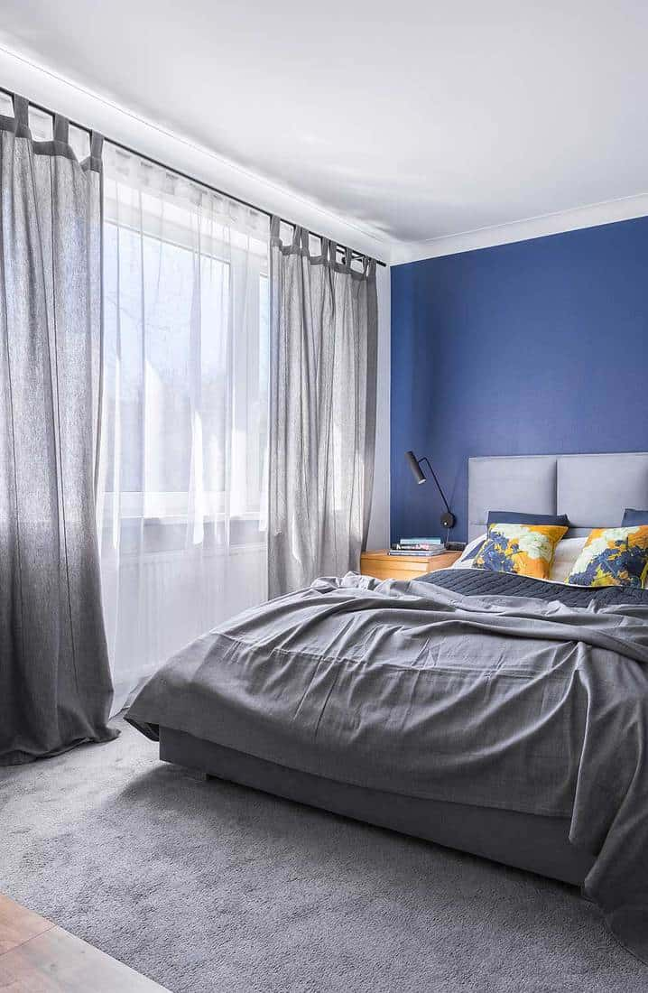 What Curtains Go With Blue Walls 15 Options Explored Home Decor Bliss