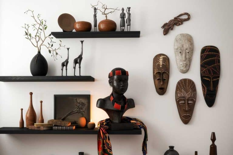 Home interior decorated with primitive wall decors, high quality African sculptures and arts, 15 Gorgeous Primitive Wall Decor Ideas