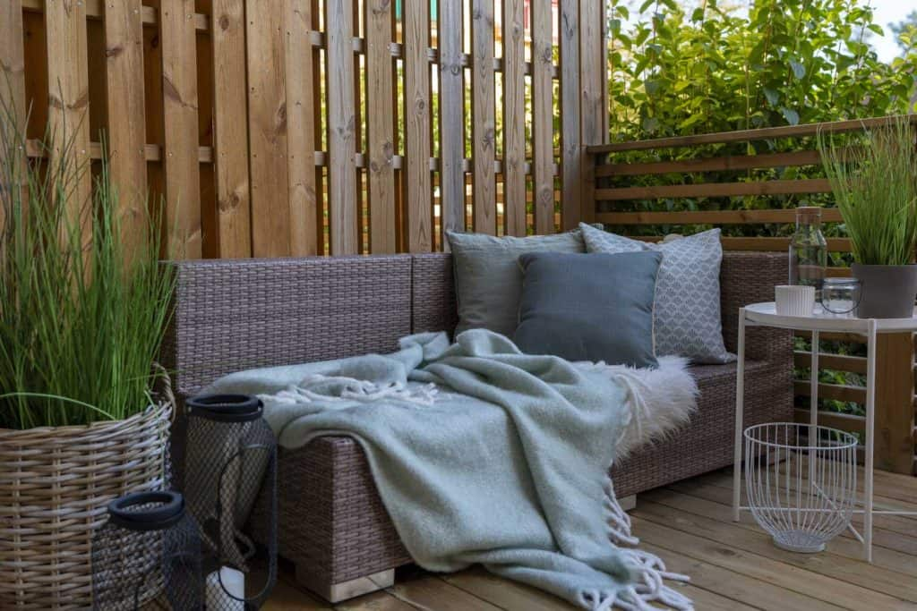 beautiful front porch furniture setup