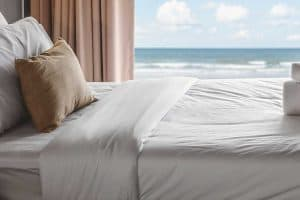 How to Wash White Sheets [Inc. How Hotels Keep Sheets White!]