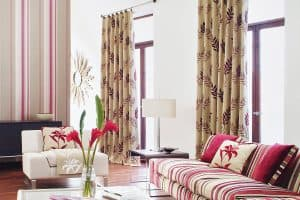 Should Your Curtains Face In Or Out?