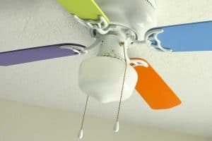 How To Paint Ceiling Fan Blades? [5 Simple Steps]