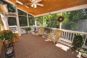 Read more about the article How To Cover Porch Windows? 6 Awesome Ideas!