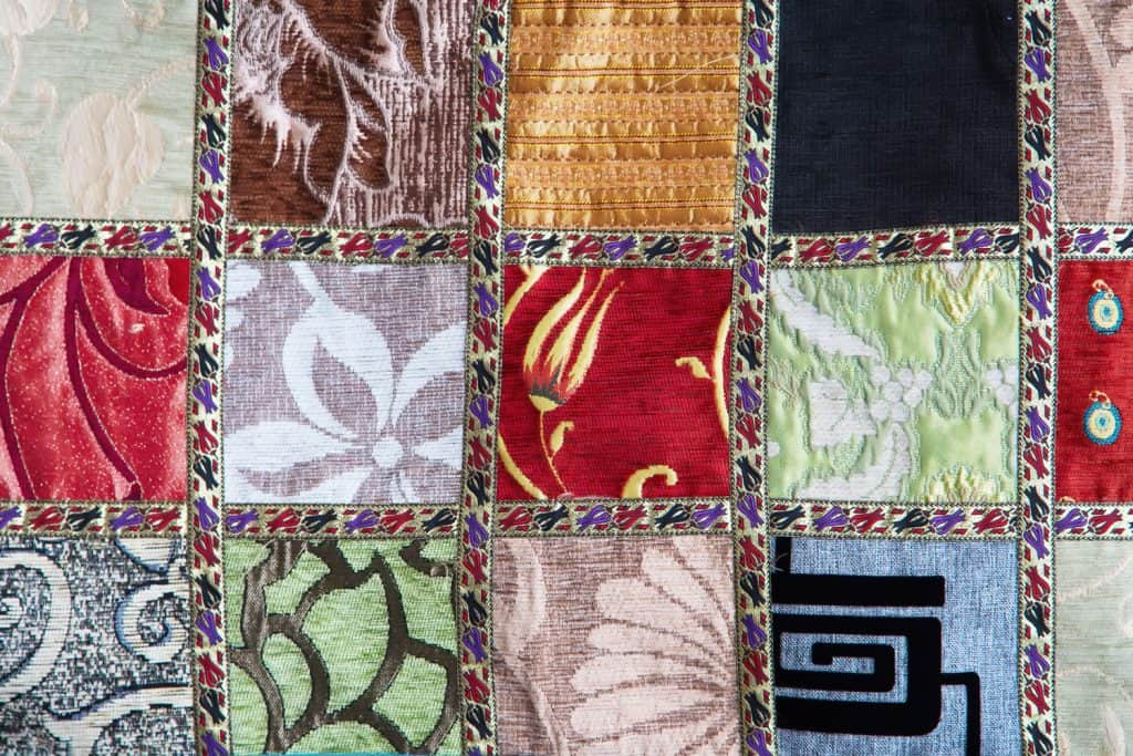 Crazy quilt on the arabian market