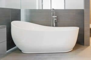 How To Install A New Bathtub – Including Renovation Cost