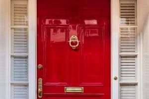 Read more about the article How To Gloss A Door in 6 Steps