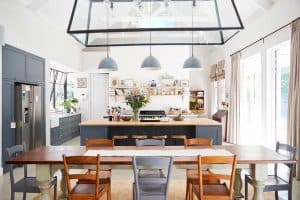 How to Separate the Kitchen and Dining Room [and How to Combine Them Too!]