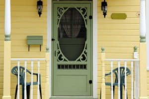 How Much Does A Screen Door Cost? [Price By type of door]