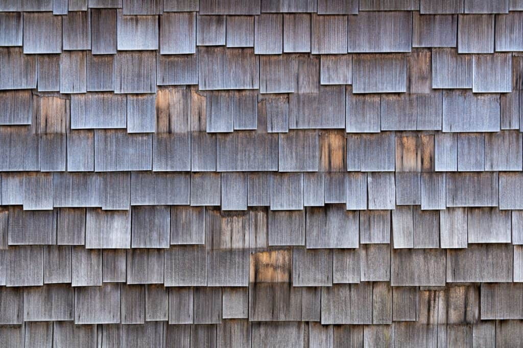 A detailed photo of a house roofing