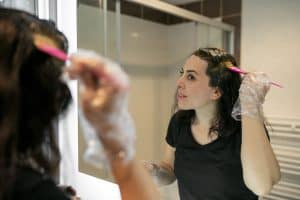 Read more about the article How To Get Hair Dye Off Bathroom Tiles