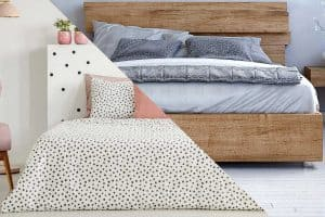 Read more about the article Flat Sheet Vs. Fitted Sheet – What's the Difference?