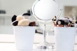 Read more about the article How to Organize Makeup in a Small Bathroom