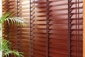 How to Clean Wood Blinds [4 Steps]