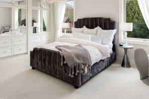 23 Beautiful Beige Carpet Bedroom Ideas