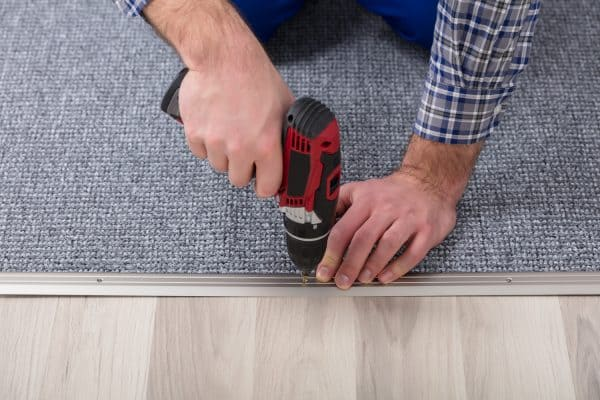 How To Keep Carpet Edges From Fraying [6 Methods]