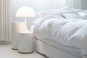 Read more about the article 11 Great Bedroom Nightstand Ideas