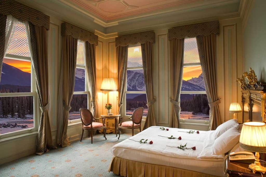 Honeymoon suite in a classic style hotel with panoramic view of the mountains