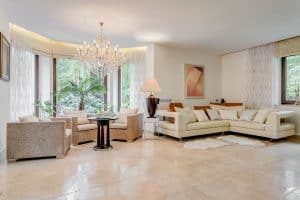 Read more about the article How To Decorate An L-Shaped Living Room