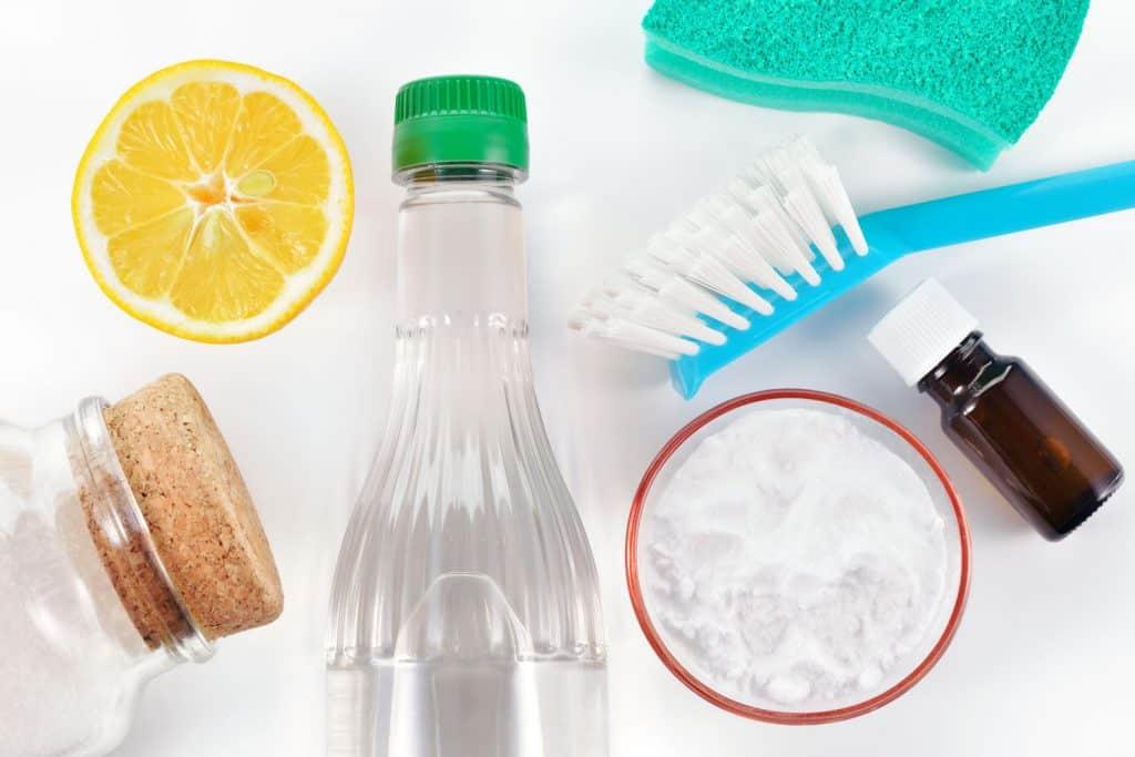 Natural cleanser, vinegar, and baking soda