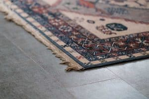 5 Best Area Rug Pads For Tile Floor