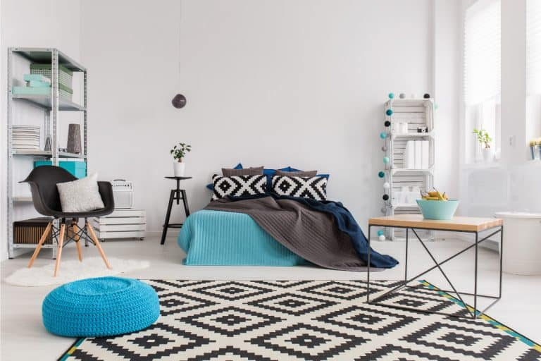 Using patterned fabrics to add life to a quiet bedroom, 11 Super Cool Bedroom Decor Ideas