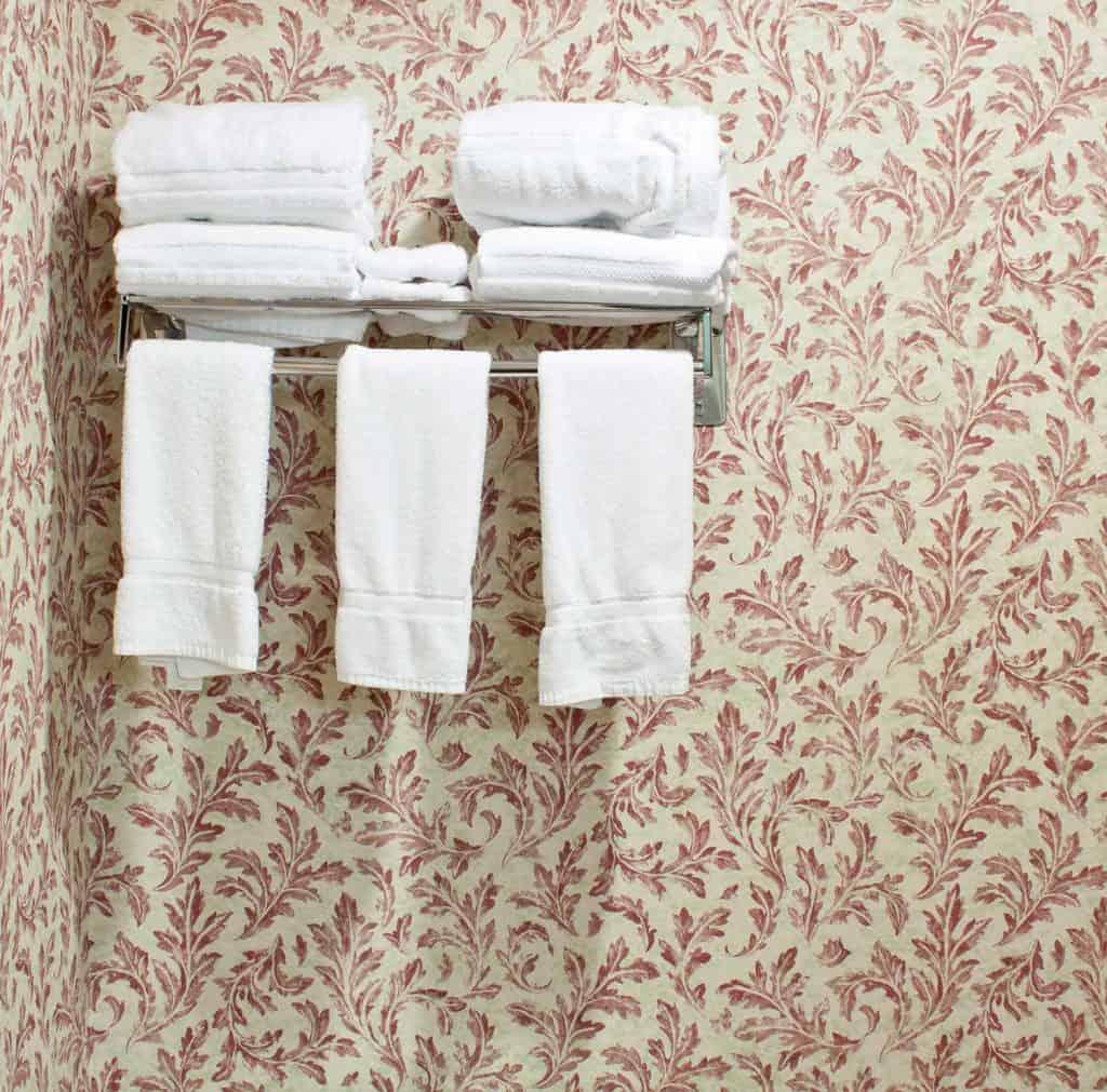 White towels on hotel bathroom