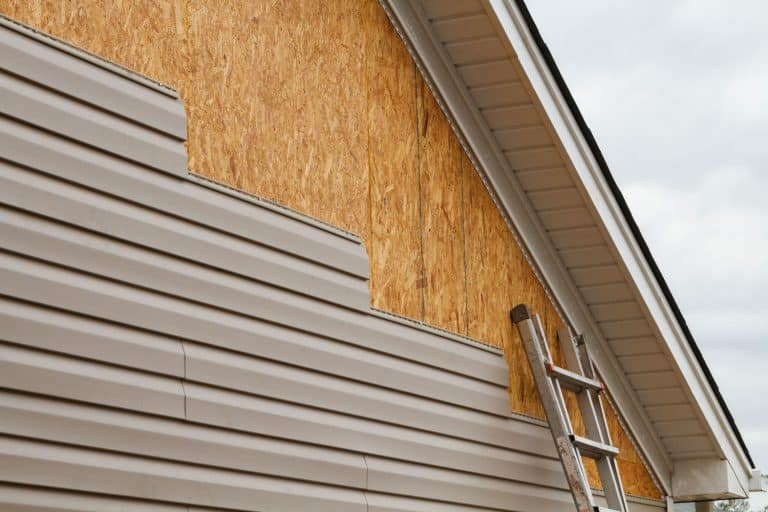 Wooden vinyl siding of a house, Can You Paint Vinyl And Metal Siding To Look Like Wood?