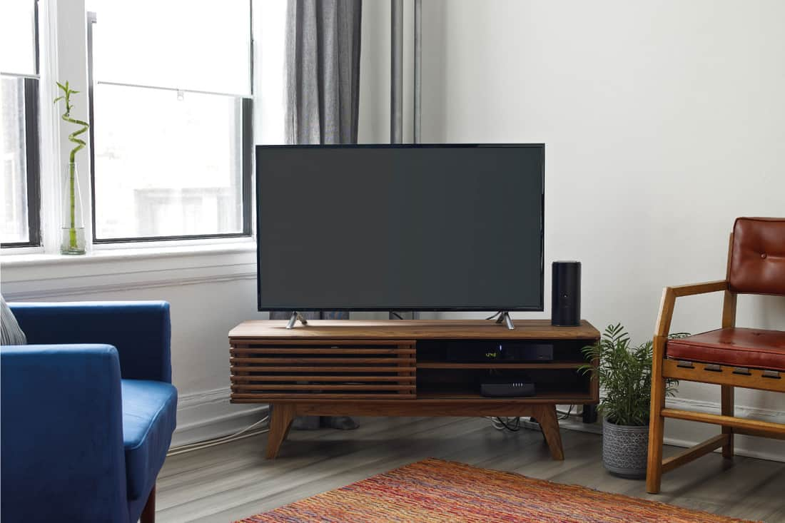 Angled TV placed on a living room corner